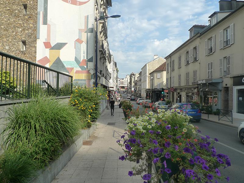 Environnement - rue paul Vaillant Couturier - commerces
