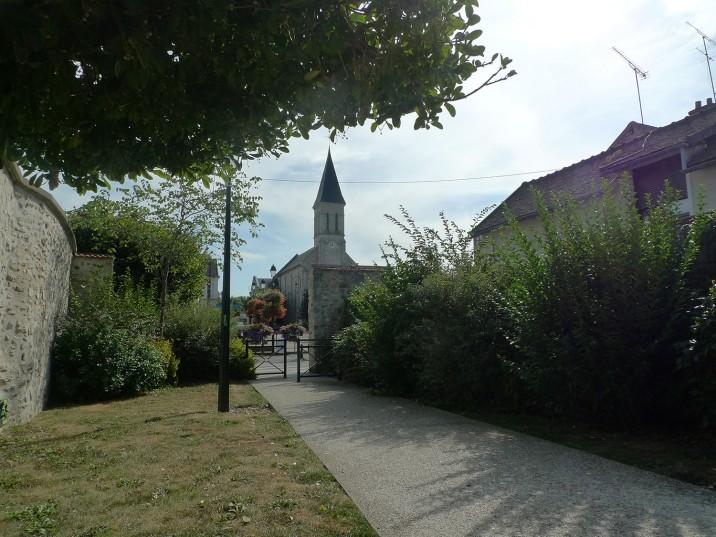 Vue-sur-lEglise-716x537